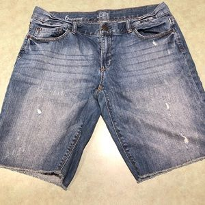 Ann Taylor LOFT boyfriend shorts